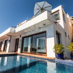 Villa Roca Llisa with pool to rent