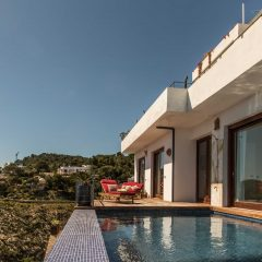 Infinity Pool Roca Llisa Villa to rent