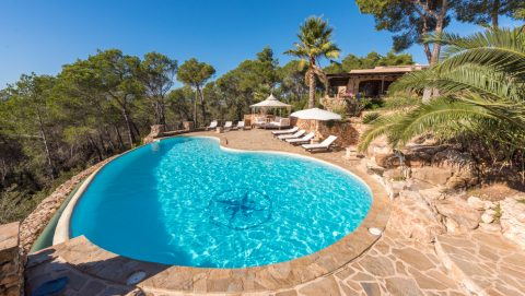 Amazing Pool in Santa Gertrudis Villa Ibiza to rent