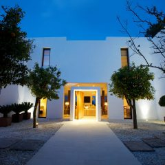 Villa in Santa Gertrudis at night