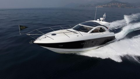 Sunseeker Predator Yacht to rent