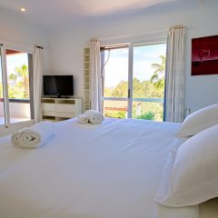 Amazing bedroom with beautiful view in Ibiza Es Torrent