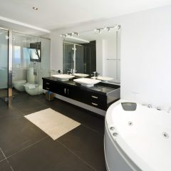 Bathroom with jacuzzi and whirlpool in Villa in Ibiza