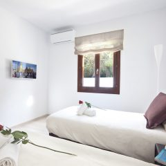 Bedroom Villa in Cala Bassa direkt am Strand