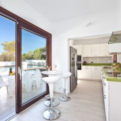 Kitchen in villa in Ibiza Cala Bassa to rent
